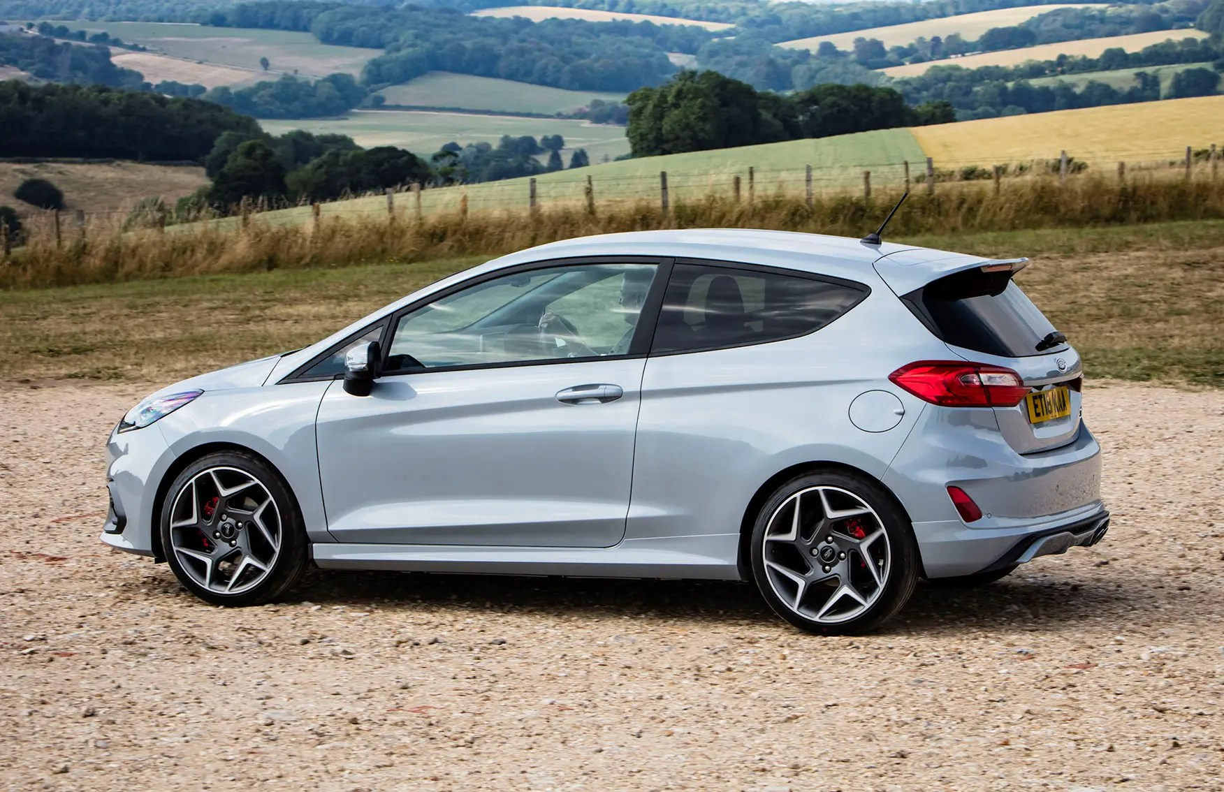 Ford Fiesta St Ford Fiesta St 2018 Photos Parkers