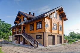 Деревянный дом для большой семьи
