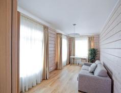 Гостевая в деревянном доме