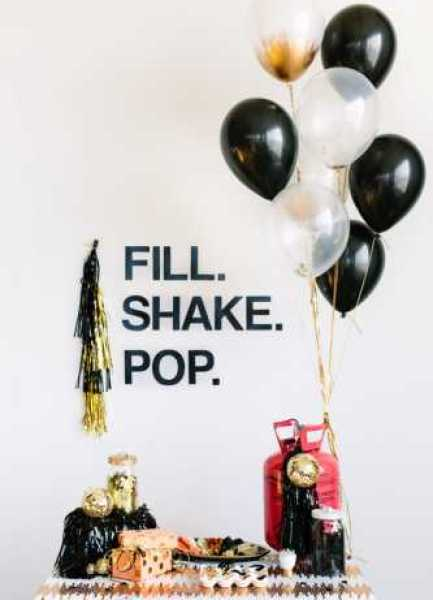 DIY-Confetti-Balloon-Bar-600x900