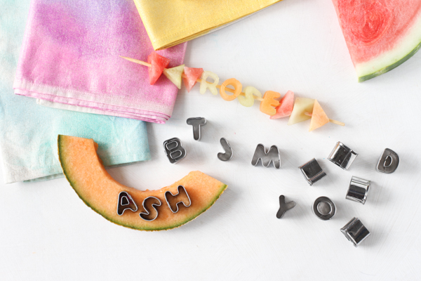 fruit kabob place cards