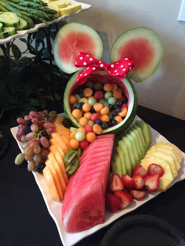 This minnie mouse fruit platter is the perfect alternative - Fruit designs for parties ...