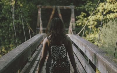 5 cosas indispensables para sobrevivir a un viaje de trayecto largo, 9 travel bloggers te lo cuentan
