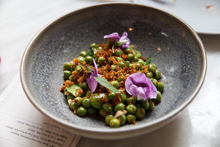 Passagem Gastronômica - Ervilhas, Fava e Broa - Restaurante Taberna do Mercado - Londres