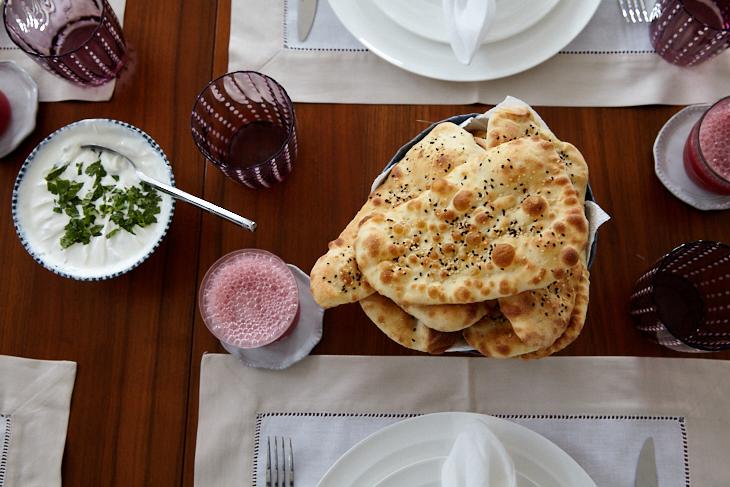 Passagem Gastronômica - Cookbook Club: Summers Under the Tamarind Tree