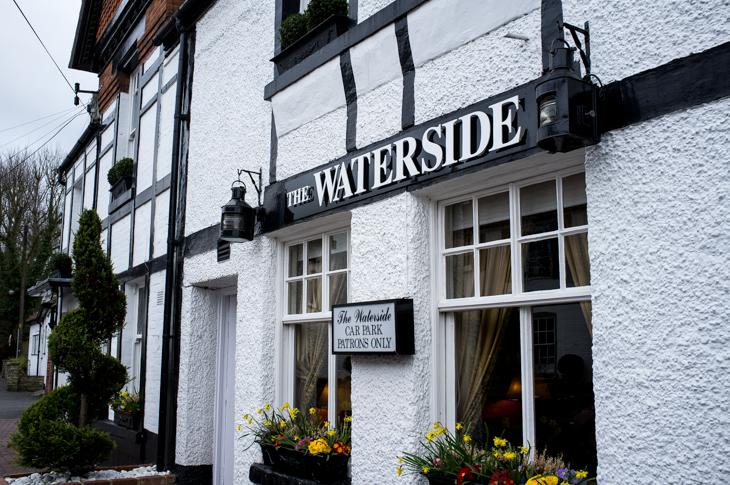 Passagem Gastronômica - Restaurante Waterside Inn - Londres