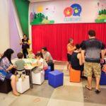 Shopping Granja Vianna promove oficina de bolhas de sabão e de brincadeiras populares