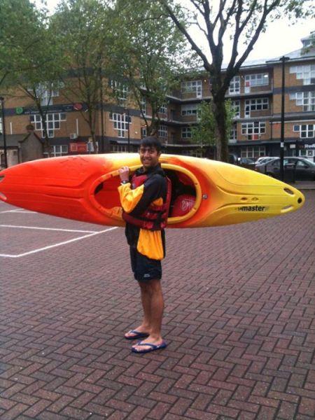 Pipi_kayaking