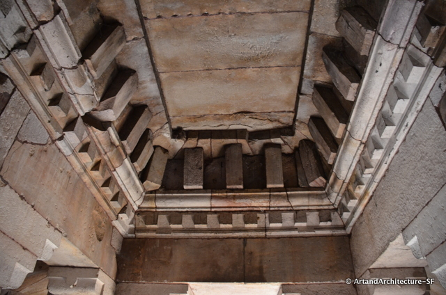 The roof of the Parsurameswwar jagamohan. It is possible that this is patterned after what would have originally been a wood structure, but it is not really known.
