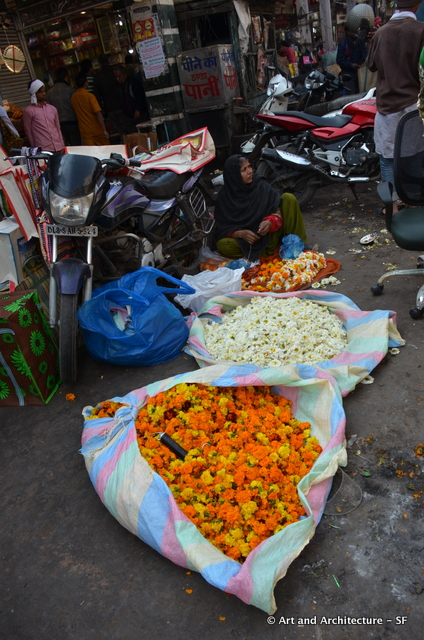 Flower seller in Delhi
