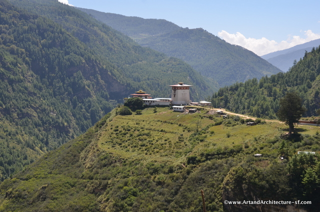 Wangchulo Dzong in Haa is one of the newest dzongs, built in 1915 to replace a smaller structure. It is a large square structure with battered (inward-sloping) walls.