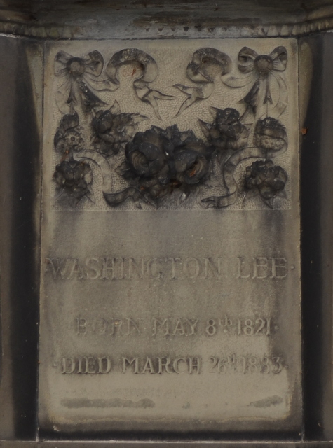 Washington Lee Gravestone