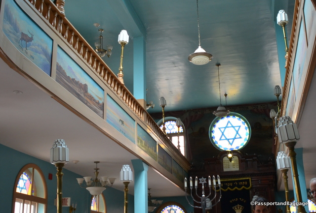 Interior of the Bragg Street Shul