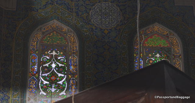 A close up of the windows in the tomb of Shezad Mehmid