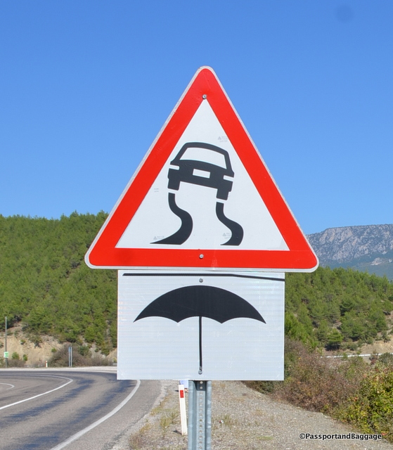 Turkish road signs