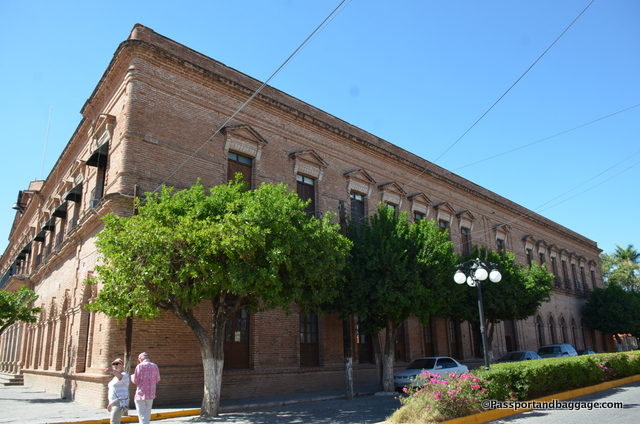 The Municipal building in El Fuerte