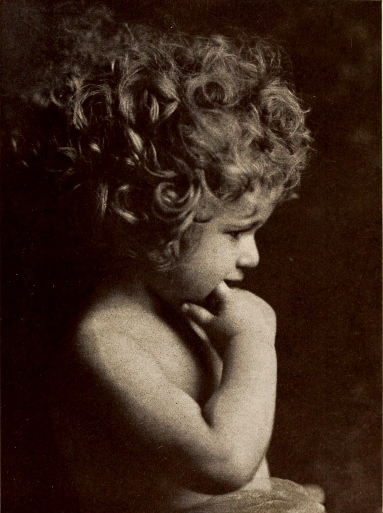 Curly locks by Merle Boyer Studio about 1923