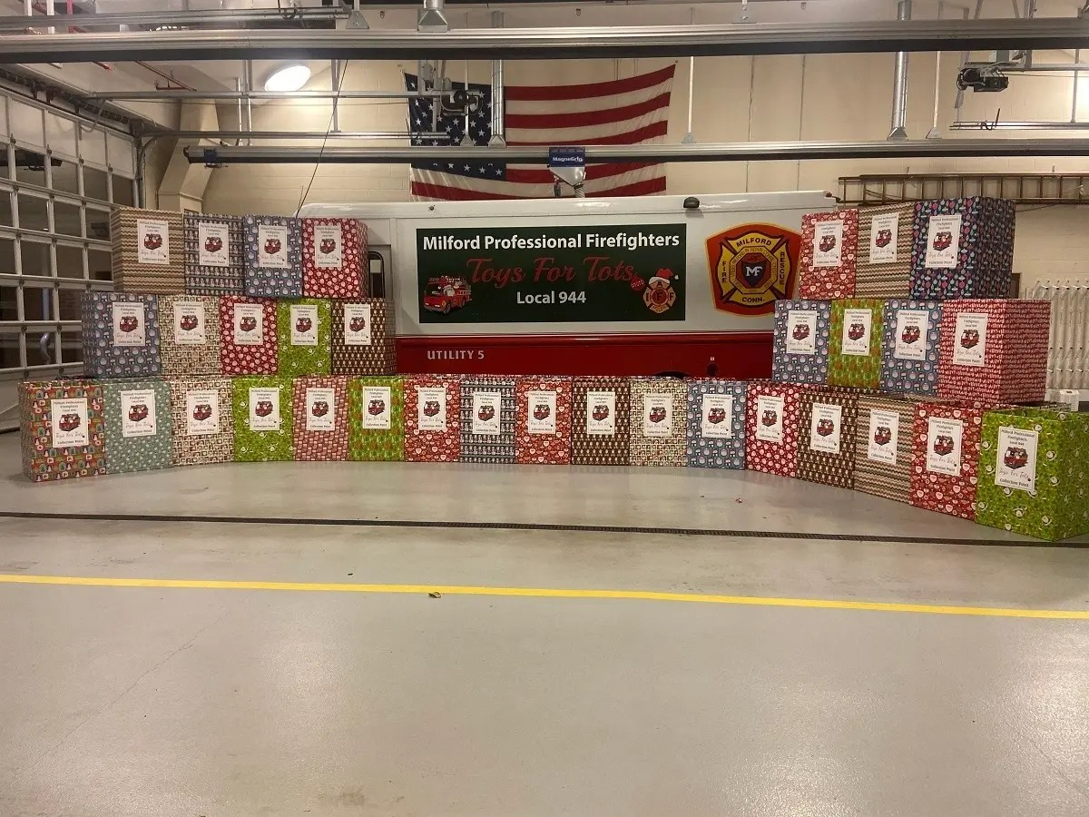 Toys For Tots Program Starts Soon In Milford Milford Ct