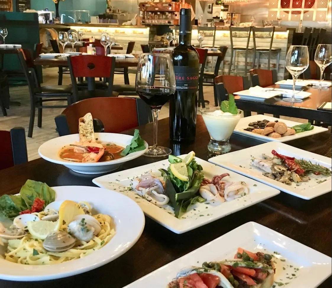 Italian Cucina South Lamar Special Meals Cocktails Abound In Austin This Holiday Season