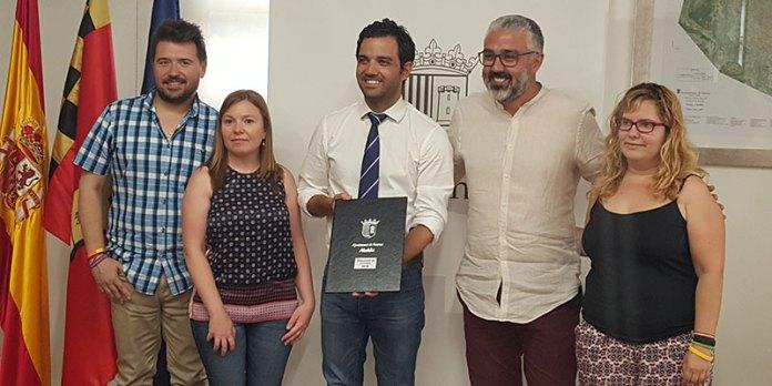 El alcalde, Juan Antonio Sagredo, junto a concejales del PSOE, Compromís y Paterna sí Puede
