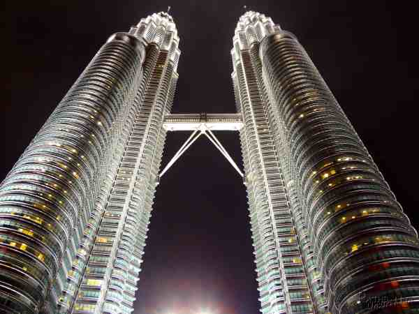 petronas-tower-twinkle