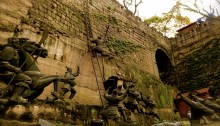 Statues reenacting a battle at the old Chongqing city wall.