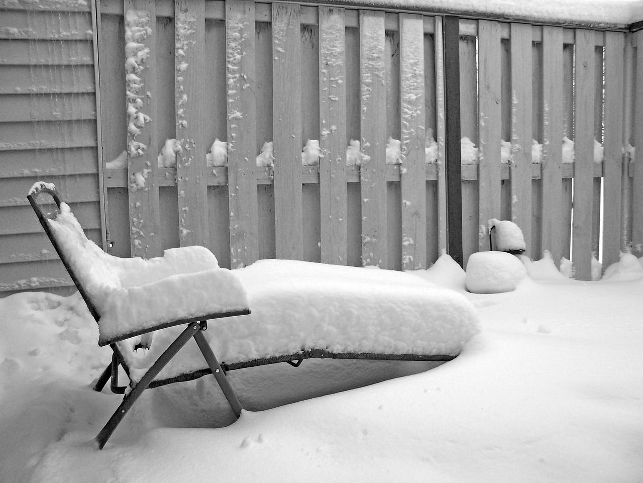 Will Your Outdoor Furniture Handle An Ottawa Winter Patio Comfort