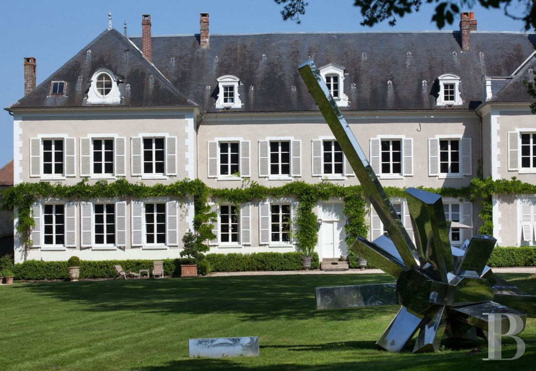 Bourgogne Chateau Not Far From Auxerre A Chateau Like No Other With Art And Design At The Heart Of The Experience