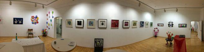 Ein Rundblick im Ausstellungssaal