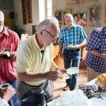 In der Patronatskirche warteten Kaffee und Kuchen auf die Radwanderer.