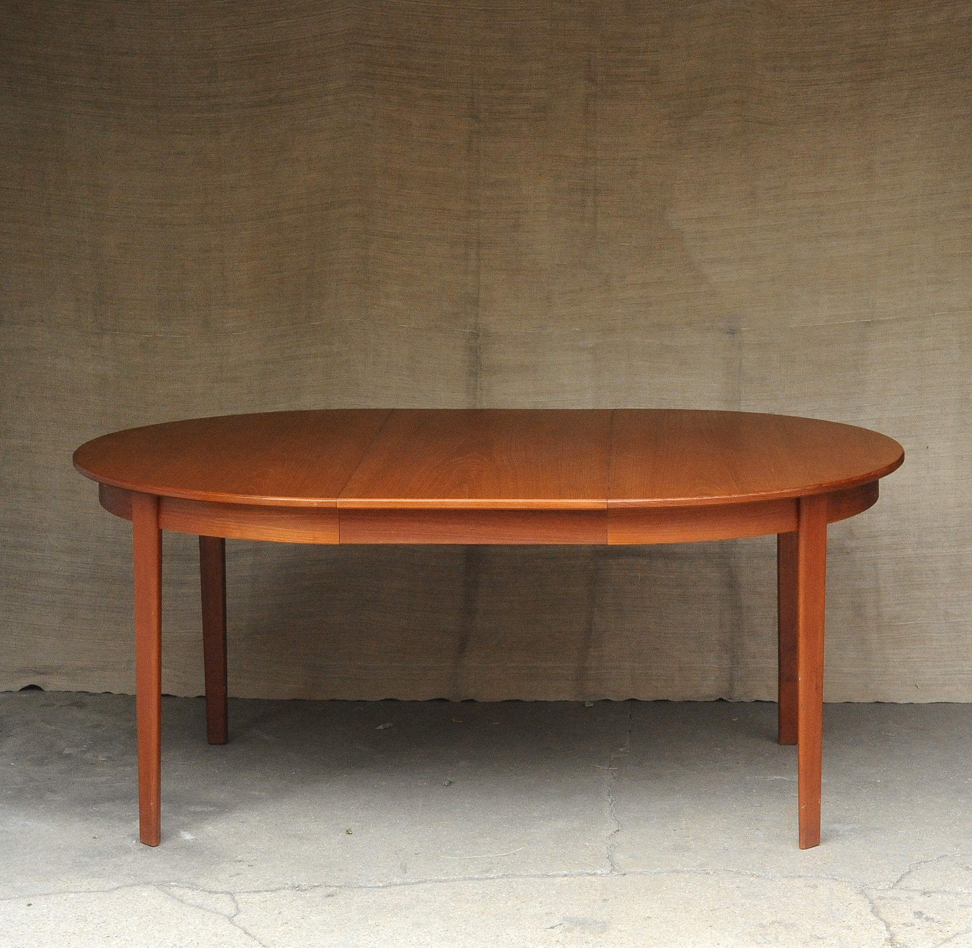 Table Manger Scandinave Table De Salle A Manger Scandinave Paul Bert Serpette