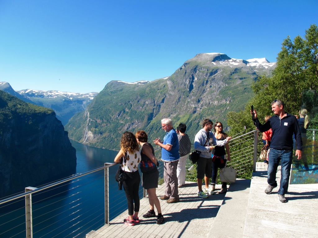 7 Tips for Packing to Norway from a Norwegian