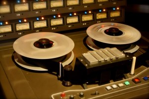 cnr-tape-machine