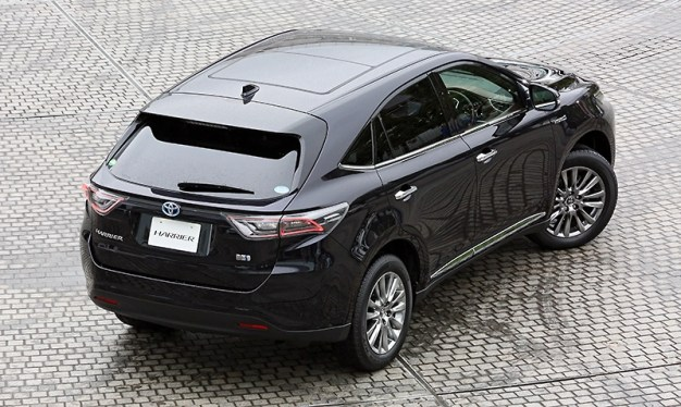 2014-Toyota-Harrier-03