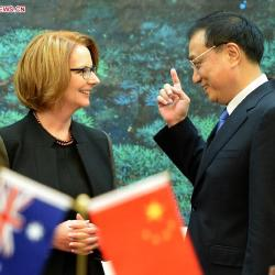 australian-prime-minister-chinese-premier-le-keqiang-meet
