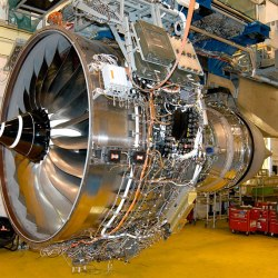 trent-rolls-royce-jet-engine