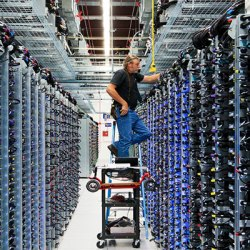 google-data-center-mayescounty-employee2