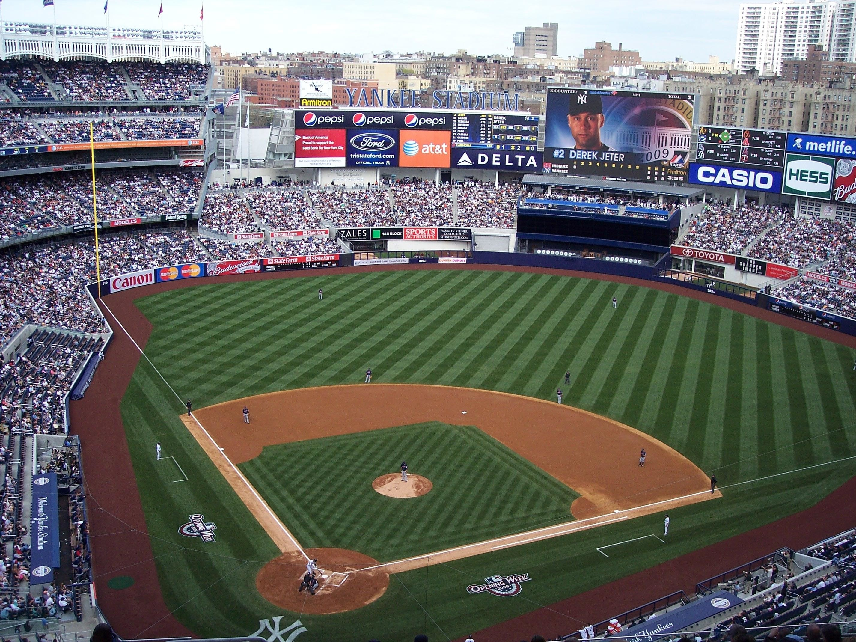 Yankees Iphone 7 Plus Wallpaper New York Yankees Wallpapers 78 Background Pictures