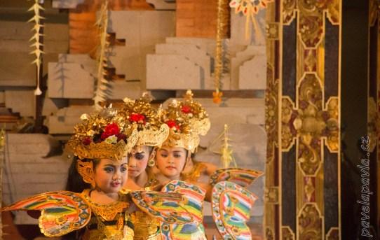 Pavel_a_Pavla_na_ceste_77_Bali-D72_0401