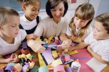 Çocuğunuzun sosyal aktivitelerini destekleyin.