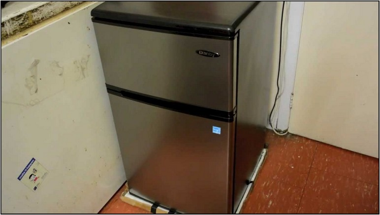 Best Dorm Refrigerator With Freezer