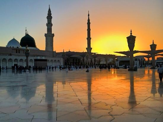 Quots In Urdu Wallpaper Message Of Peace Sunset View Of Masjidil Nabawi Madinah