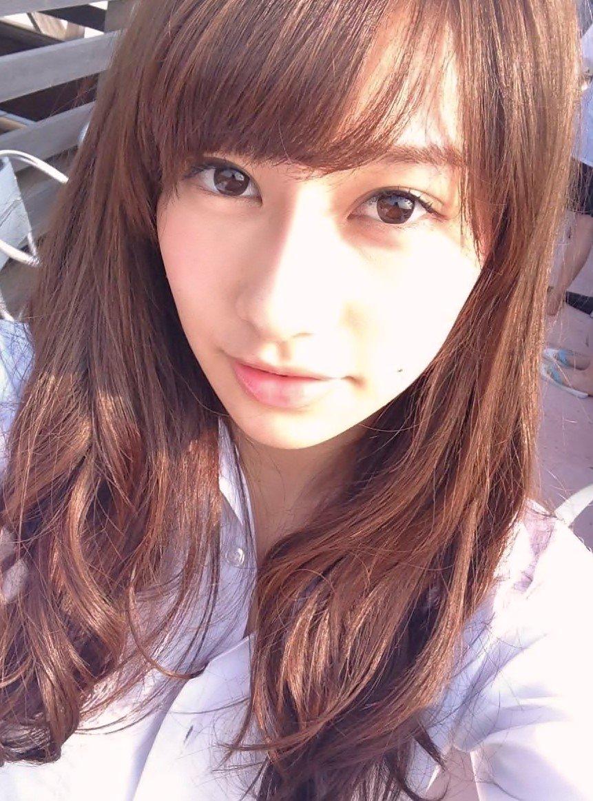 平野歩夢 彼女 画像