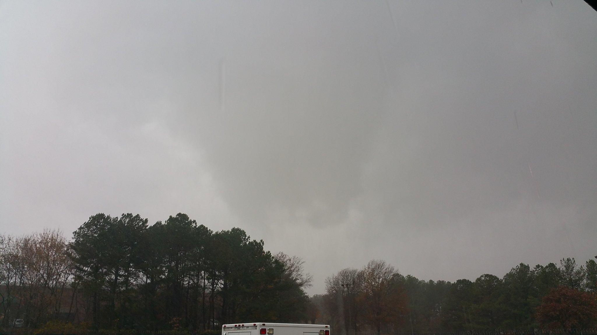 weather channel live stream tornado