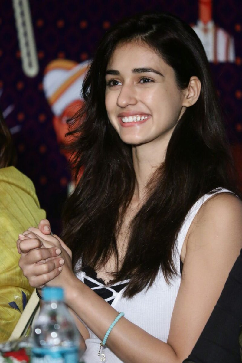 Very Cute Girl Hd Wallpapers Disha Patani Dishpatani Twitter