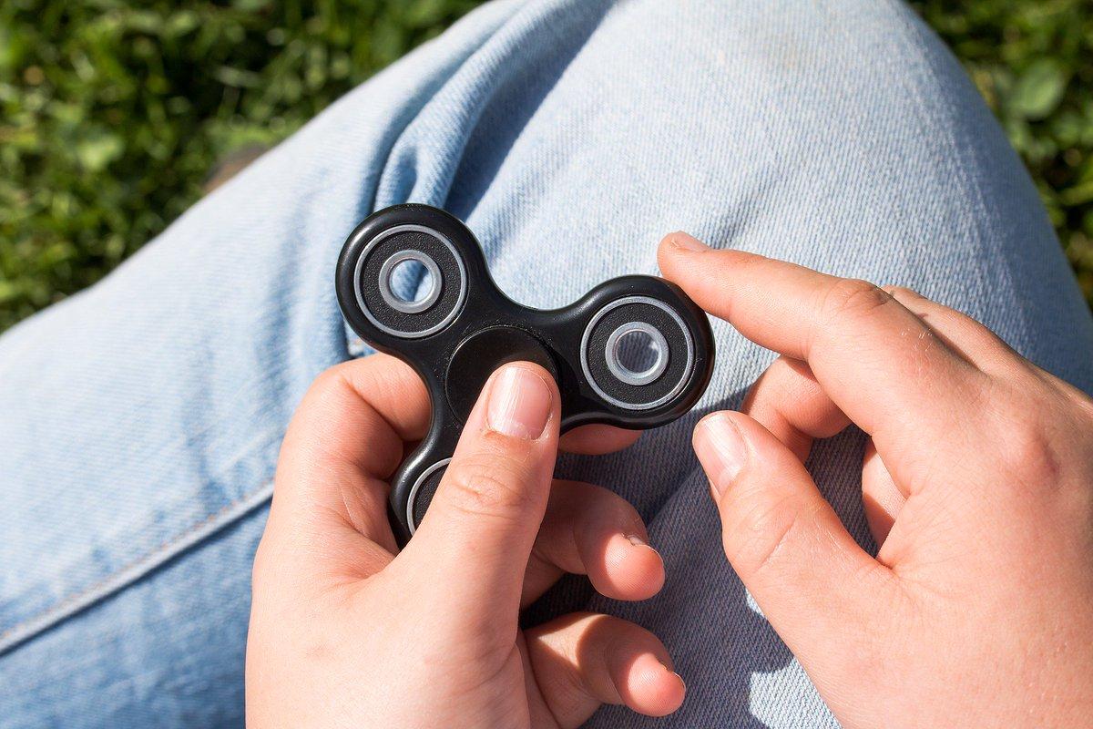 Researchers find dangerous amounts of lead in fidget spinners https t co