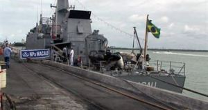 Navio de guerra da Marinha atraca em Cabedelo e é aberto à visitação