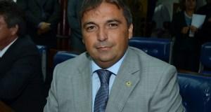 Deputado estadual Genival Matias