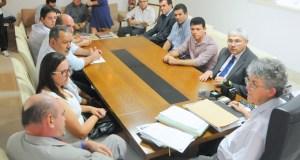 Governo recebe relatório da Frente Parlamentar da Água sobre estiagem na Paraíba