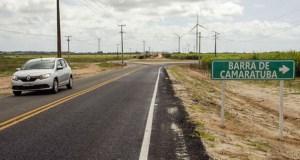 """A estrada Mataraca/Barra de Camaratuba abre uma perspectiva de desenvolvimento de um turismo focado na preservação ambiental""""."""